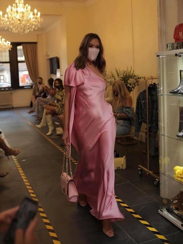 Moschino One-Shoulder Floor-Length Dress